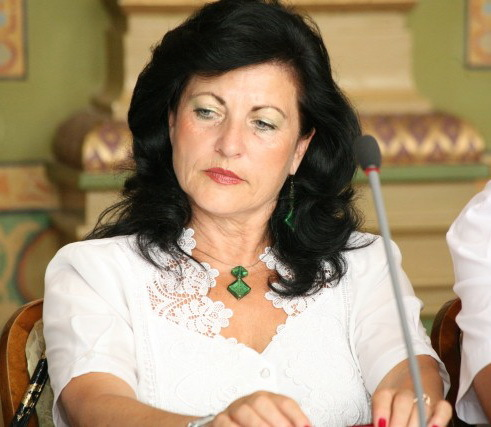 Elvira Şarapatin